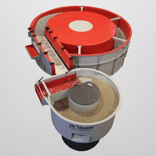 machine de tribofinition centrifuge / à flux continu