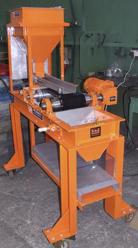 Séparateur magnétique à rouleau / de particules / pour traitement des eaux usées ERIEZ