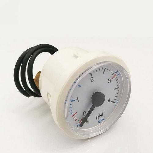 manomètre à cadran / à tube de Bourdon / pour eau / en laiton
