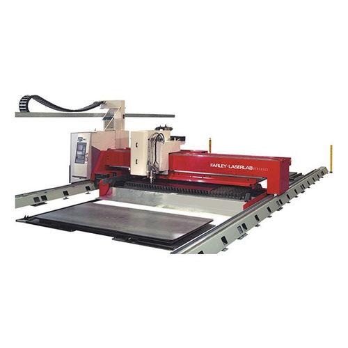 Machine de découpe de métal / plasma / CNC hercules, qac Farley Laserlab