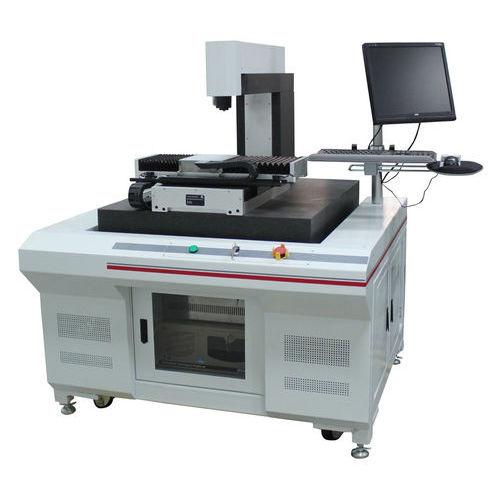 Machine de découpe de métal / par laser solide / CNC LCY200, LCY300, LCY400, QAC&BACL Farley Laserlab