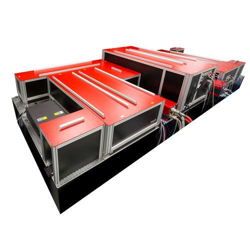 laser femtoseconde / à état solide / compact / de très haute énergie