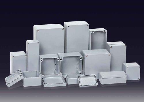 boîtier mural / rectangulaire / en aluminium / à usage général