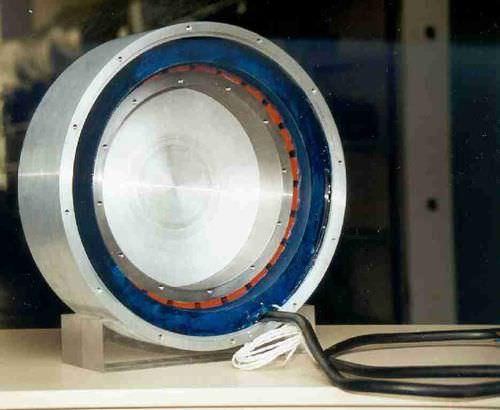 Alternateur à aimants permanents / pour secteur éolien / de faible puissance 0.2 - 95 kW | STK ALXION