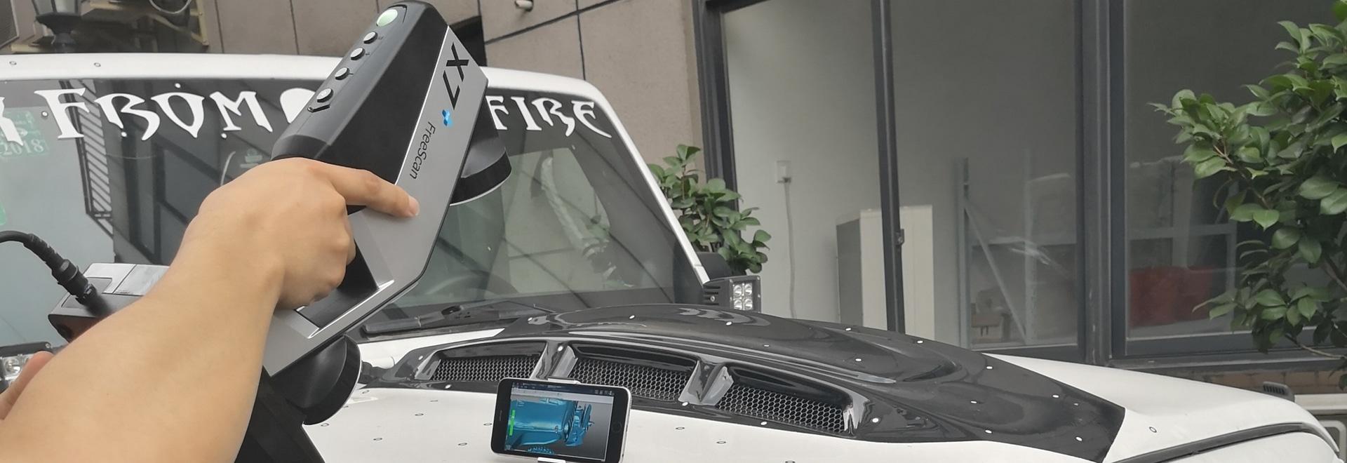 3D balayant un extérieur de Jeep Wrangler utilisant FreeScan sans fil X7+