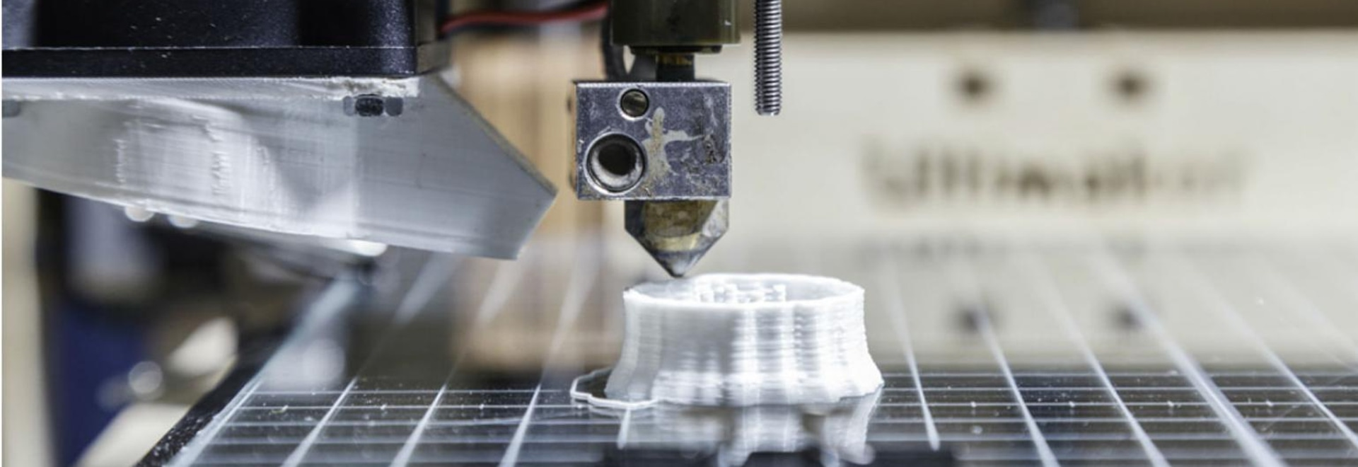 L'avenir de la fabrication avancée : Conception pour l'impression 3D et l'exécution des usines de Digital