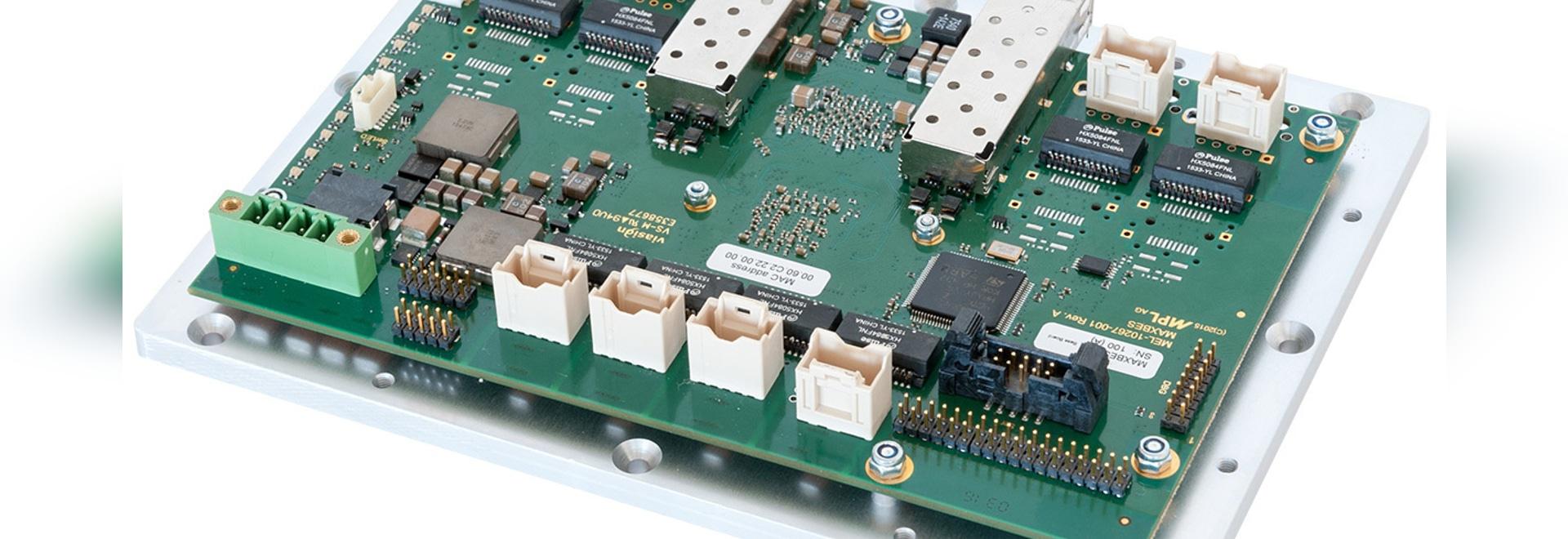 Commutateur contrôlé rocailleux de cadre ouvert du gigabit 10-Port avec 2 ports de SFP+ 10Gbit