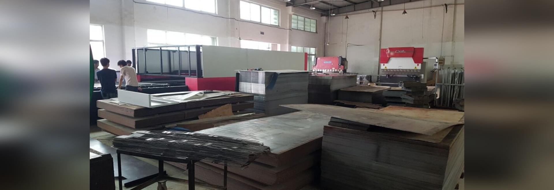 Machine de découpe de tôle de laser de fibre de CNC GF-2040JH pour l'acier de carbone de 20mm
