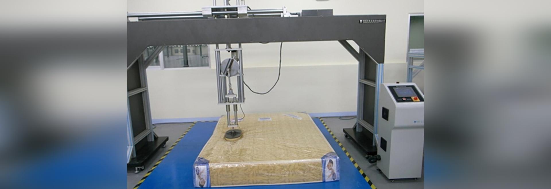 Machines de Cornell Mattress Durability Testing