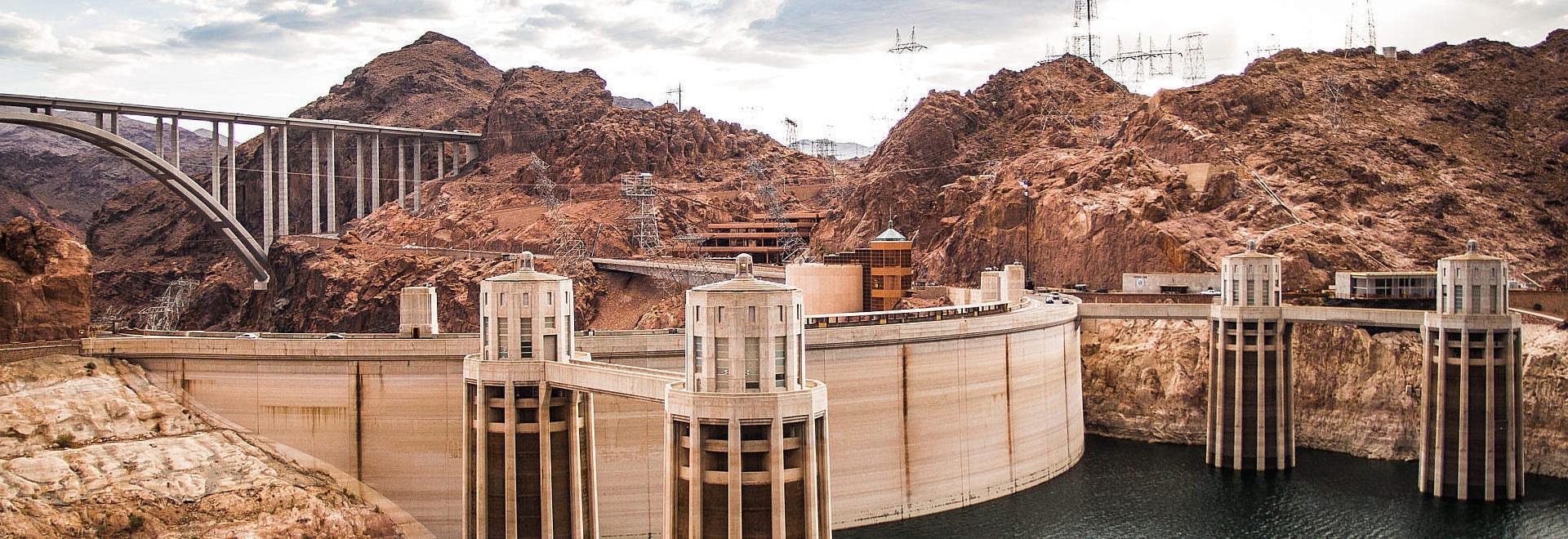 Plan pour amplifier la capacité de puissance de barrage de Hoover