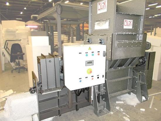 NOUVEAUTÉ : broyeur compacteur à polystyrène expansé POLY4000 by BLIK