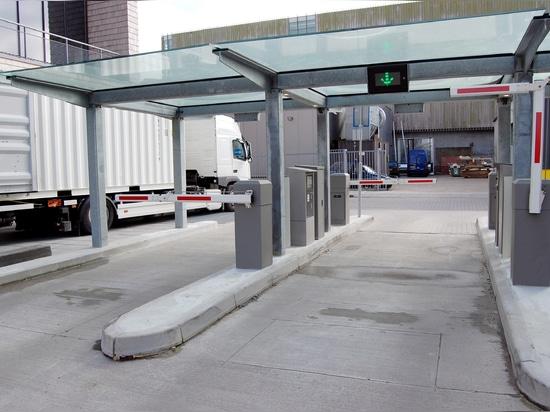 Gestion des parkings au moyen de tickets et d'une caisse automatique.