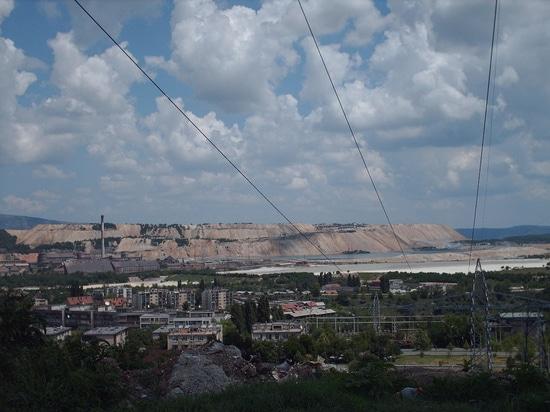 Des téléphones résistants de temps ont été installés dans une des plus grandes mines de cuivre européennes - RTB Boriin en Serbie