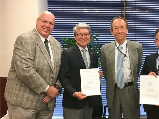 Accord de signature de distributeur de FerRobotics et de TAIHEI BOEKI Co. Ltd pour Jaoan