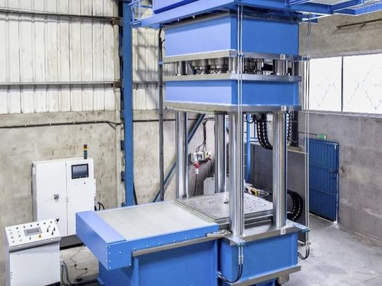 Presse hydraulique spéciale de HIDROGARNE pour mener à bien les travaux de vulcanisation performants