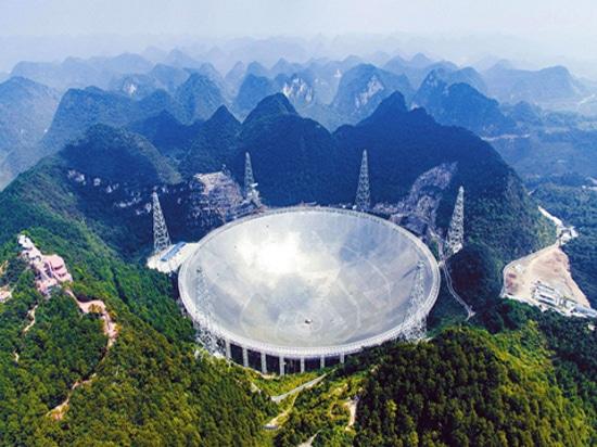 Le cas-Sicon 60kva à haute fréquence en ligne UPS d'astronomie s'est appliqué à la base de renommée mondiale de télescope