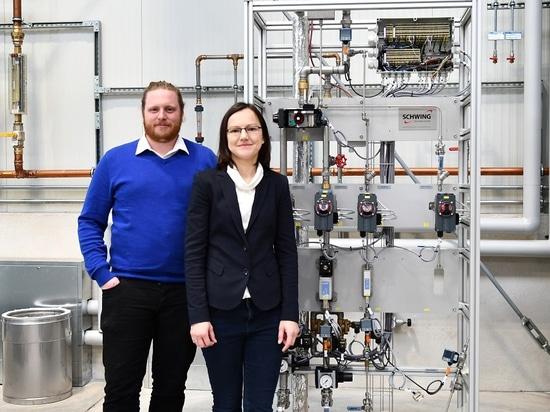Julian Nienhaus et Natalya Prodan, experts de technologie transformatrice à lit fluidisé aux technologies de SCHWING