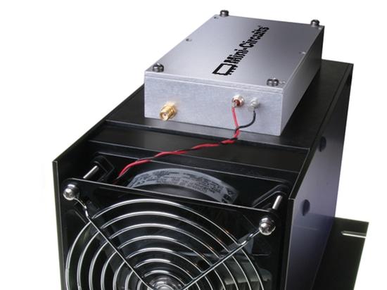 Amplificateur de puissance 20 W de 70 à 500 MHz