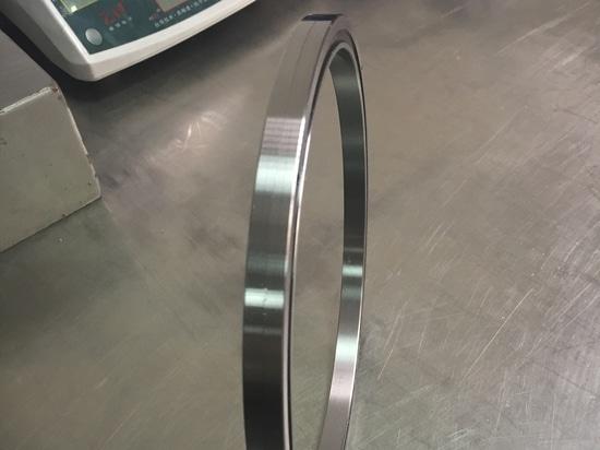 Processus d'inspection de RA20013UUUCC0-THB BEATINGS