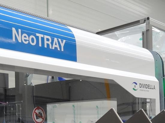 Dividella ACCELÈRE les emballages à haut rendement avec la nouvelle étuyeuse phare NeoTRAY