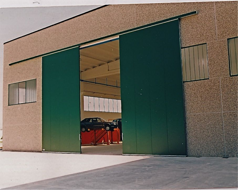 Porte Coulissante En Metal De Hangar Industrielle Ps 3000 Pb Sacil Hlb