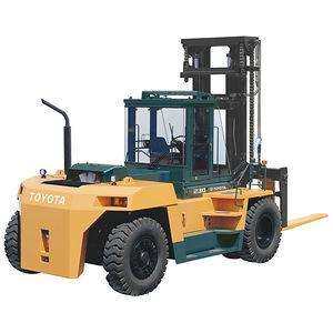chariot élévateur diesel / à conducteur porté assis / pour charges lourdes