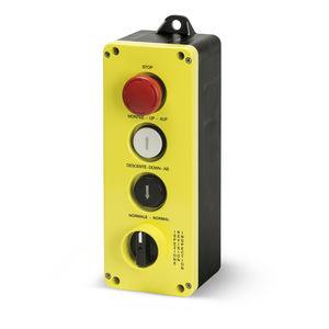 boîte à boutons à 4 boutons / IP65 / avec déverrouillage de rotation