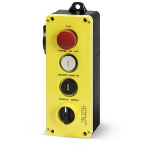 boîte à boutons à 4 boutons / IP65 / avec déverrouillage de rotation / pour ascenseur