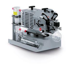pompe à vide à membrane / lubrifiée / mono-étagée / résistante aux produits chimiques