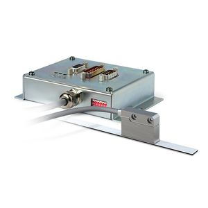 conditionneur de signal analogique / pour capteur de déplacement