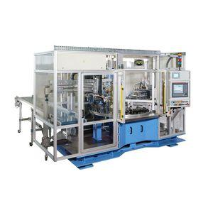 machine de rivetage automatique
