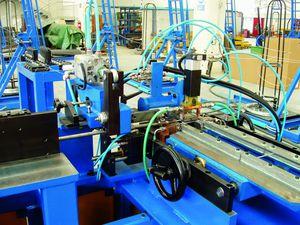 machine de production pour produits en béton / automatisée / à grande vitesse