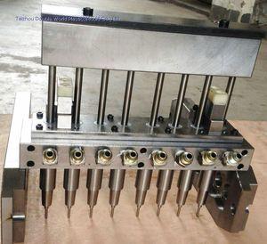 moule d'injection-soufflage multi-empreintes