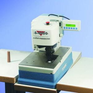machine à coudre point de chaînette