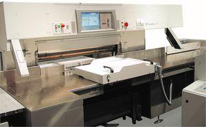 machine de découpe à couteau / d'étiquettes / contrôlée par PLC / pour production de masse