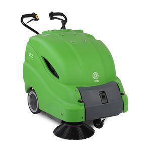 balayeuse accompagnée / électrique sur batteries / à essence / d'extérieur