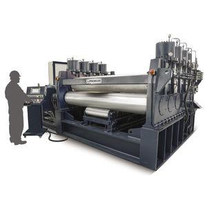 machine à redresser pour pièce métallique