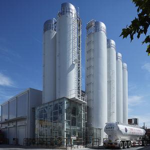 silo avec fond vibrant / pour produits en vrac / en acier doux