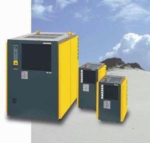 sécheur d'air comprimé par réfrigération / refroidi par air / à masse thermique
