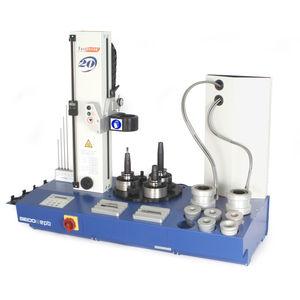 machine de frettage pour outils