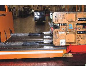 remorque plus de 6 essieux / pour moules d'injection / compacte