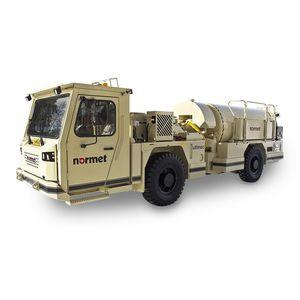 camion malaxeur pour mine souterraine / hydraulique