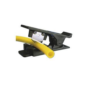 coupe-tube en plastique / portatif / à guillotine