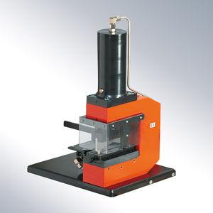 outil de poinçonnage hydraulique