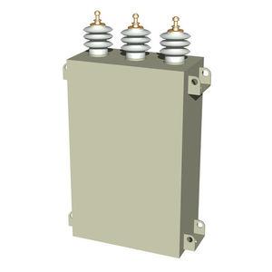 condensateur monté sur pylône