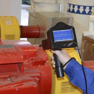 appareil de contrôle à ultrasons / solution combinée / pour vérification de purgeurs vapeur / pour surveillance d'état de roulements