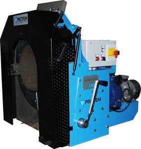 machine à tronçonner et à chanfreiner