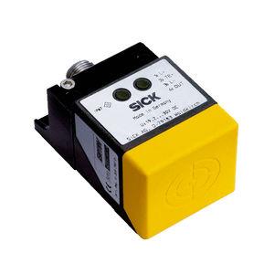 interrupteur de proximité de sécurité / inductif / rectangulaire / SIL 3