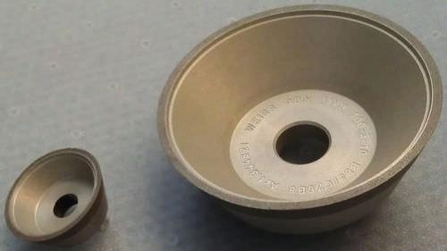 meule de traitement de surface / conique / périphérique / CBN