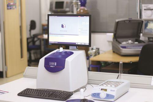 analyseur benchtop / d'eau / d'huile / de fluor